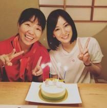 """【エンタがビタミン♪】イモトアヤコ、北川景子の誕生日を""""紅白カラー""""ショットで祝福"""