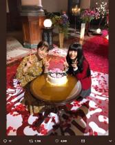 """【エンタがビタミン♪】浜辺美波&松村沙友理の眼福2ショット """"誕生日祝い""""で実現"""