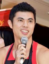 【エンタがビタミン♪】小島よしお、東京オリンピックに向け英会話を勉強中 「さすが大卒」よゐこも感心