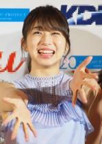 """【エンタがビタミン♪】モー娘。牧野真莉愛、ハロコン北海道公演で""""ファイターズ缶""""巡るやりとりが微笑ましい"""