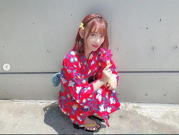 宮脇咲良の浴衣姿に「この世のものとは思えない美しさ」の声(画像は『Sakura Miyawaki 2018年8月14日付Instagram「#summer #浴衣」』のスクリーンショット)