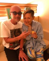 【エンタがビタミン♪】夏木マリ&竹中直人 グラスを傾ける姿に反響「カッコイイ大人のコンビ」