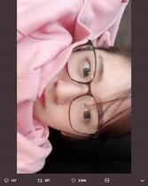 """【エンタがビタミン♪】鈴木愛理""""すっぴんメガネ""""姿を公開するも「アップすぎて笑った」"""