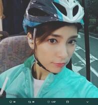 【エンタがビタミン♪】秋元才加、ロードバイク用ヘルメットつけた凛々しい姿で「お尻が痛ーい」