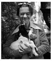 【イタすぎるセレブ達】ハリー・スタイルズ、GUCCI新広告で動物と戯れる姿にファン大興奮
