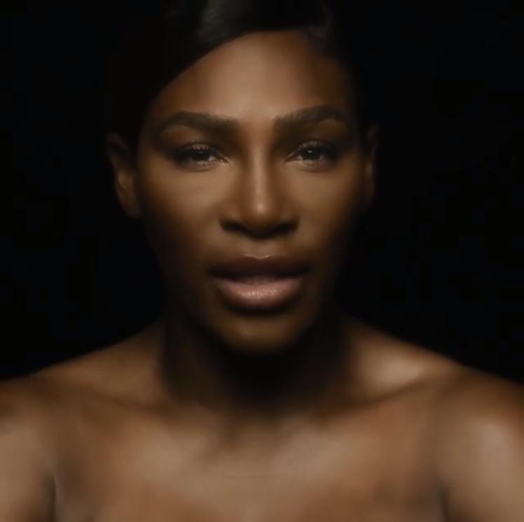 """セリーナ、乳がん啓発キャンペーンの顔に(画像は『Serena Williams 2018年9月29日付Instagram「This Breast Cancer Awareness Month I've recorded a version of The Divinyls global hit """"I Touch Myself"""" to remind women to self-check regularly.」』のスクリーンショット)"""