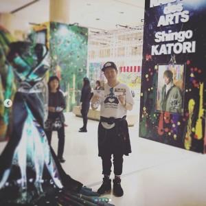 『NAKAMA des ARTS』展を訪れた中村獅童(画像は『Shido Nakamura 2018年9月21日付Instagram「感動した、何故かわからないけど涙があふれた、」』のスクリーンショット)