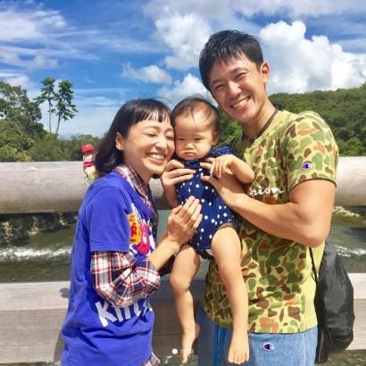 【エンタがビタミン♪】森渉&金田朋子の1歳長女、脚の長さに驚きの声「スタイル抜群ですね!」