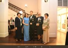 【イタすぎるセレブ達】ヘンリー王子とメーガン妃、フィジー共和国でタキシード&フォーマルドレス姿を披露