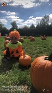 「私の愛しいパンプキン!!」とクロエ(画像は『Khloé 2018年10月14日付Instagram』のスクリーンショット)