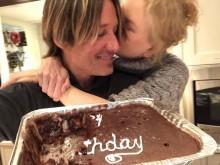 【イタすぎるセレブ達】ニコール・キッドマン、夫キース・アーバンの誕生日に「愛を感じる」2ショットを公開