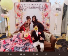 【エンタがビタミン♪】AKB48大家志津香、菊地亜美の披露宴ショットに「ブーケトス受けとってないの?」の声