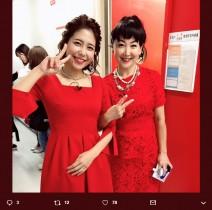 【エンタがビタミン♪】東ちづる、緒方かな子と真っ赤なドレスで2ショット「緒方監督バンザーイ!」