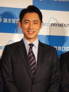 CEO役でCMに出演した小泉孝太郎