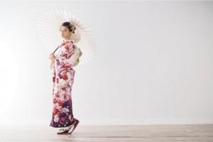 振袖姿を披露した石井杏奈(画像は『石井杏奈 2018年11月5日付Instagram「成人式の前撮り」』のスクリーンショット)