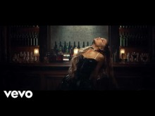 【イタすぎるセレブ達】アリアナ・グランデ、『breathin』のミュージックビデオ公開