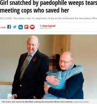 13年前に小児性愛者に誘拐された少女、救ってくれた警官2人と涙の再会(英)