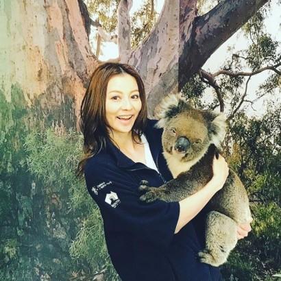 【エンタがビタミン♪】香里奈が抱くコアラに衝撃走る 「大きい!」「悪い顔しとるw」