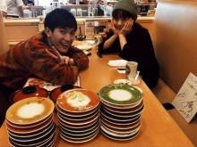 【エンタがビタミン♪】三浦春馬、映画のロケ先で高畑充希と回転寿司へ 「みっちゃんとこれだけ完食!」