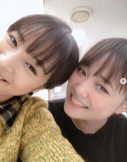広瀬すずと大原櫻子(画像は『広瀬すず 2018年11月8日付Instagram「今日は大原さんが会いに来て下さいまして。」』のスクリーンショット)