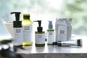 泡洗顔、化粧水、ハンドクリームなどいろいろ揃えたくなるメンズナチュラルコスメ『グリーンボトル』シリーズ
