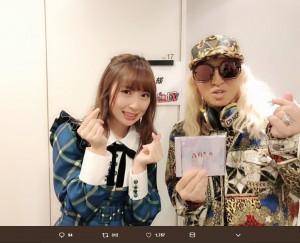 高柳明音とDJ KOO(画像は『高柳明音 2018年12月27日付Twitter「MelodiX! スペシャル 2018」』のスクリーンショット)