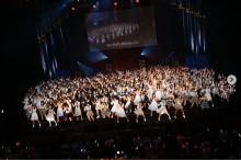 """【エンタがビタミン♪】『第8回 AKB48紅白対抗歌合戦』今年は完全生歌生演奏、ゲストアイドルなしのガチ""""48""""ステージ"""