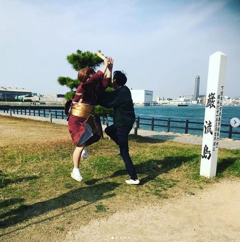 ラブラブモードから一転、戦うIKKOとアンガ田中(画像は『有吉弘行 2018年12月3日付Instagram「恋人だった二人に何があったんだよ。。。」』のスクリーンショット)