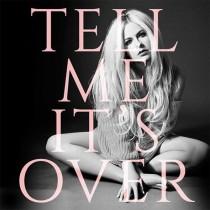 【イタすぎるセレブ達】アヴリル・ラヴィーン、新曲『Tell Me It's Over』に込めた思い激白 「男の戯言にはもう我慢しない」
