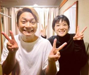 【エンタがビタミン♪】上野樹里、香取慎吾の舞台を観劇 『家族ノカタチ』2ショットに歓喜の声