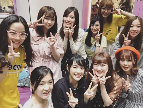 BNK48メンバーと会えた松井珠理奈(画像は『松井珠理奈 2018年12月6日付Instagram「BNKちゃんと」』のスクリーンショット)