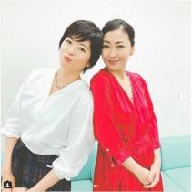 【エンタがビタミン♪】中山忍、姉・中山美穂との2ショット公開 「芸術品も超えた素敵な姉妹」の声