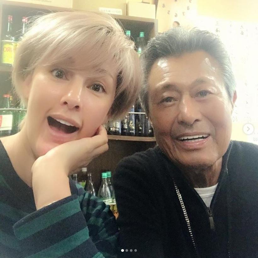 梅宮アンナと梅宮辰夫に、視聴者から「親子の絆に感動」の声(画像は『Anna Umemiya 2019年1月5日付Instagram「金スマ2時間スペシャル 本当に懐かしい映像が沢山でした。」』のスクリーンショット)