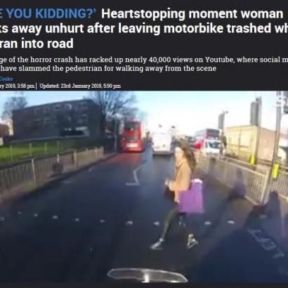 【海外発!Breaking News】赤信号で飛び出しバイクと衝突した女性、謝罪の言葉なく立ち去る(英)<動画あり>