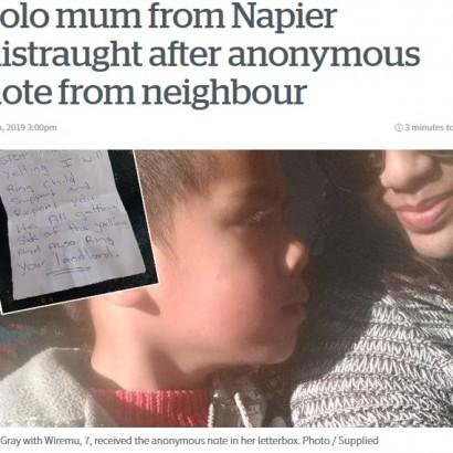 【海外発!Breaking News】自閉症の7歳児の母、郵便受けに匿名の手紙「子供の叫び声にうんざり」(ニュージーランド)