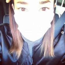【エンタがビタミン♪】黒木メイサ、マスクで顔を隠しても夫・赤西仁に似てる? 「眉毛がそっくり」と話題