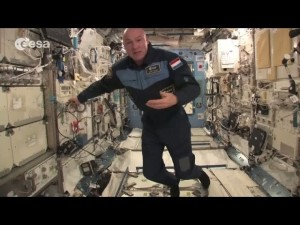 【海外発!Breaking News】元宇宙飛行士、国際宇宙ステーションから911に間違い電話(米)