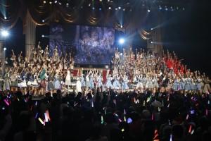 『AKB48グループリクエストアワー セットリストベスト100 2019』ステージ(C)AKS