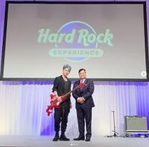 【エンタがビタミン♪】MIYAVI『雪まつりハードロックファミリーライブ』に出演 「初めて北海道型のギターを弾きました」