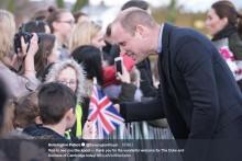 【イタすぎるセレブ達】ウィリアム王子、娘の髪型に触れ「練習できるほど髪がない」と自虐ジョーク
