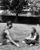 【イタすぎるセレブ達】デヴィッド・ベッカム、妻ヴィクトリアと娘は「素晴らしい女性」 国際女性デーに投稿