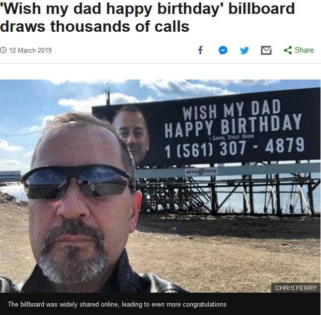 息子達のサプライズにより、誕生日の祝福メッセージが多数寄せられたクリスさん(画像は『BBC News 2019年3月12日付「'Wish my dad happy birthday' billboard draws thousands of calls」(CHRIS FERRY)』のスクリーンショット)