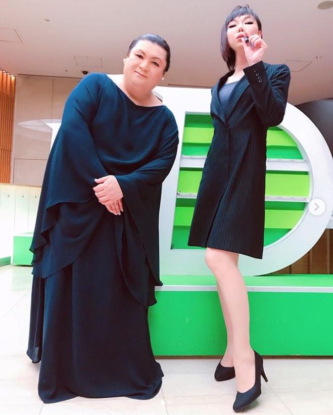 「ふたりきりで写真なんて10年以上ぶり」とミッツ(画像は『ミッツ・マングローブ【公式】 2019年3月11日付Instagram「@tokyo.mx 月曜5時夢。」』のスクリーンショット)