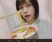 """【エンタがビタミン♪】AKB48チーム8小田えりな""""びょんびょんラーメン""""製作に反響 「一瞬本物に見える」"""