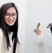 【エンタがビタミン♪】小島瑠璃子『アートフェア東京2019』へ 眼鏡姿に「メガネ女子こじるり最高!」の声