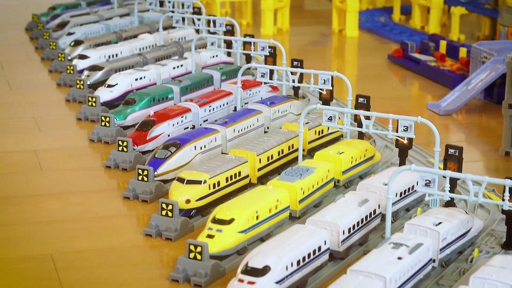 北海道から九州まで全国を代表する新幹線が大集合
