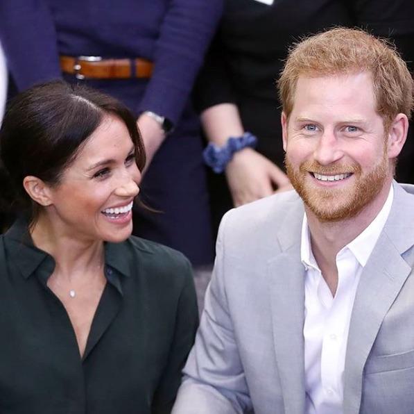 ケンジントン宮殿からフロッグモア・コテージへ引越したヘンリー王子夫妻(画像は『The Royal Family 2018年10月15日付Instagram「The Duke and Duchess of Sussex have today announced that The Duchess of Sussex is expecting a baby, due in Spring 2019. Photo: PA Images」』のスクリーンショット)