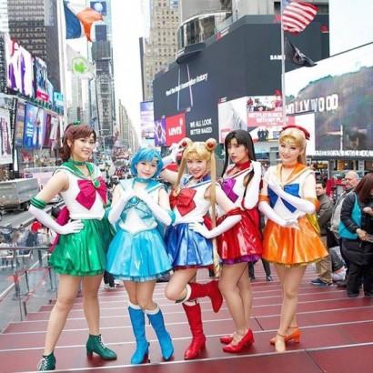 【エンタがビタミン♪】セーラー5戦士NYタイムズスクエアに登場 月野うさぎ役・河西智美「一生の思い出です」