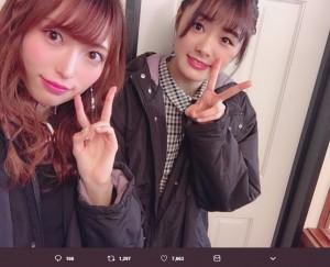 山口真帆と長谷川玲奈(画像は『山口真帆 2018年12月25日付Twitter「今助けてくれる人を私は一生忘れないし一生恩を返し続けたいと心に決めてる。」』のスクリーンショット)
