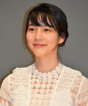 【エンタがビタミン♪】のん、神戸新聞のCMで地元兵庫を巡り「皆さんに明るいニュースがいっぱい届くといいな」